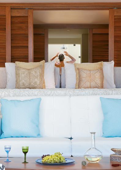 luxury-junior-suite-with-pool-in-amirandes-resort